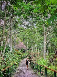 Caya Shobo guest walking path